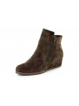Kadee Brown Suede