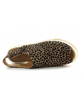 Neila Leopard Suede