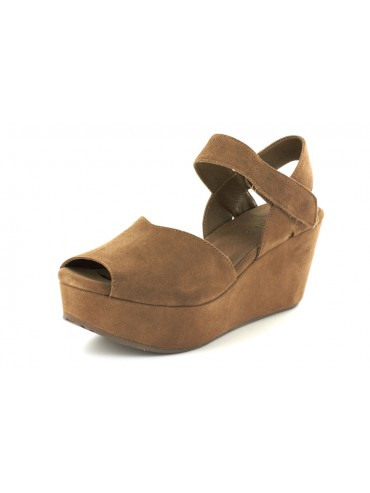Waffy Light Brown Suede