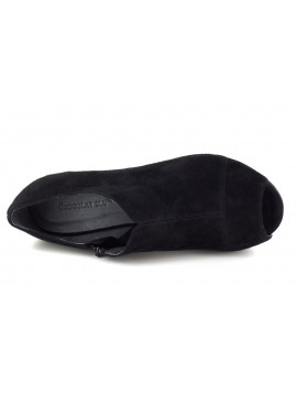 Weaver Black Suede