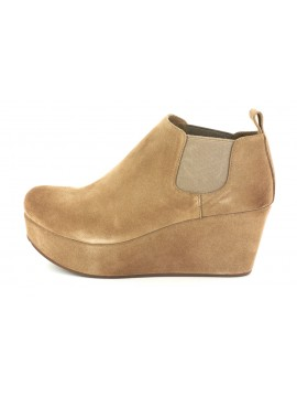 Wilmer Taupe Suede