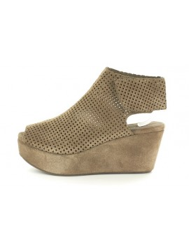 Wing Taupe Suede