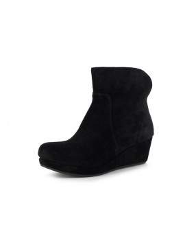 Yarden Black Suede
