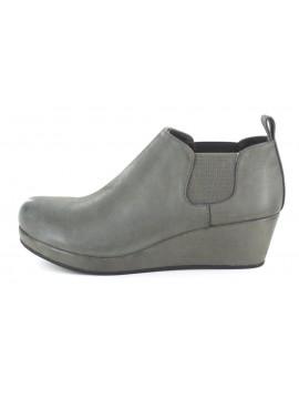 Yuliette Grey